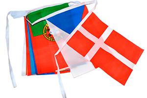 Flagguirlander i polyester. papir, vinyl, syntetisk papir